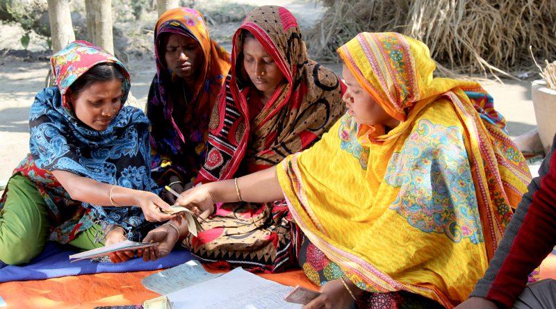 """Selbsthilfeprojekte für Frauen, finanziert durch die Zakāt-Abgaben an """"Islamic Relief Deutschland"""""""