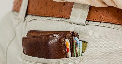 Geldbörse in Hosentasche