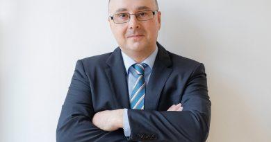 Dr. Stefan Nählich